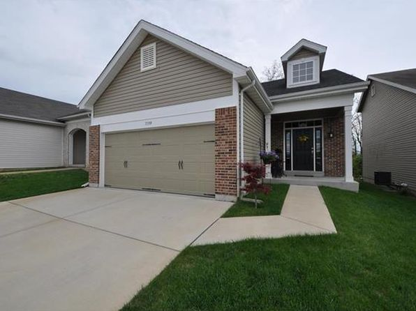 2 bed 3 bath Single Family at 7339 Tournament Dr Saint Louis, MO, 63129 is for sale at 235k - 1 of 27