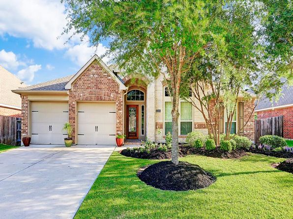 4 bed 3 bath Single Family at 13505 Wild Lilac Ct Pearland, TX, 77584 is for sale at 290k - 1 of 2