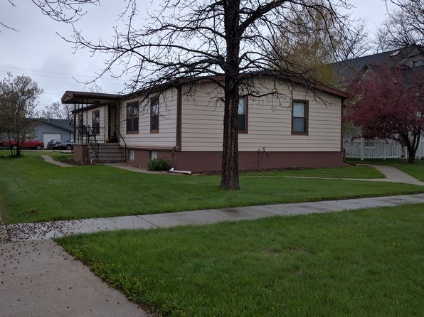 5 bed 3 bath Single Family at 512 N Ash St Gordon, NE, 69343 is for sale at 88k - 1 of 23