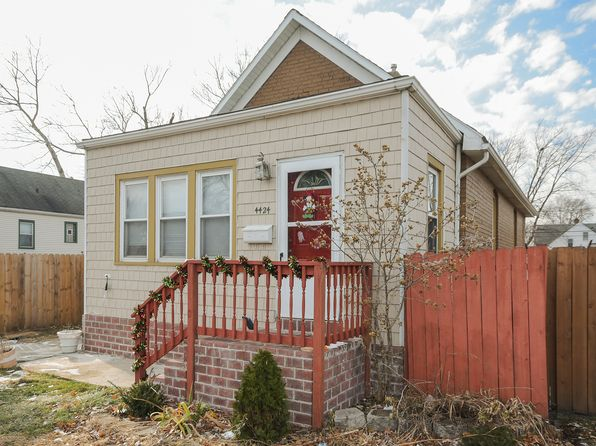 2 bed 1 bath Single Family at 4424 Elm Ave Hammond, IN, 46327 is for sale at 73k - 1 of 10