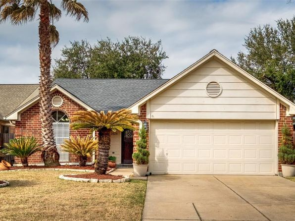 3 bed 2 bath Single Family at 12826 Sandri Ln Houston, TX, 77077 is for sale at 250k - 1 of 23