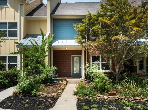 2 bed 2 bath Townhouse at 1603 Dancing Fox Rd Decatur, GA, 30032 is for sale at 240k - 1 of 20