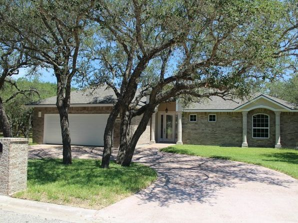 3 bed 2.5 bath Single Family at 106 Oaktree St Rockport, TX, 78382 is for sale at 375k - 1 of 29