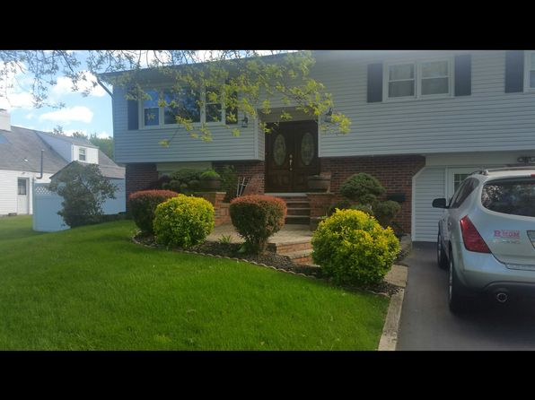 5 bed 3 bath Multi Family at 5 Miriam Pl Matawan, NJ, 07747 is for sale at 800k - 1 of 10