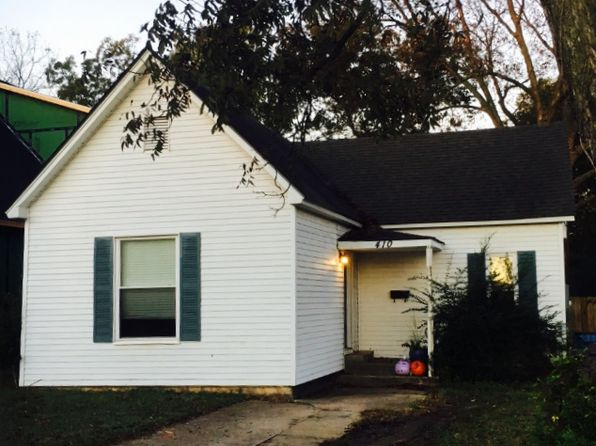2 bed 1 bath Single Family at 410 SE D St Bentonville, AR, 72712 is for sale at 275k - google static map