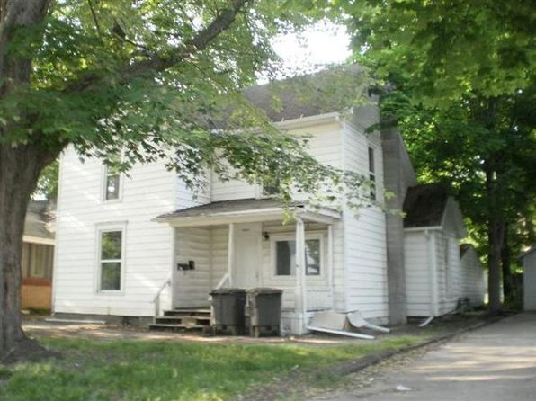 4 bed 2 bath Multi Family at 1041 Middlebury St Elkhart, IN, 46516 is for sale at 45k - google static map