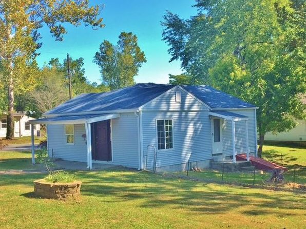 1 bed 1 bath Single Family at 820 E 8th St Fulton, MO, 65251 is for sale at 60k - 1 of 38