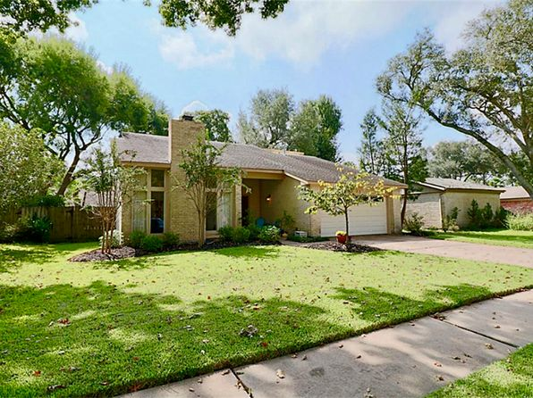 3 bed 2 bath Single Family at 16422 Mill Point Dr Houston, TX, 77059 is for sale at 218k - 1 of 31
