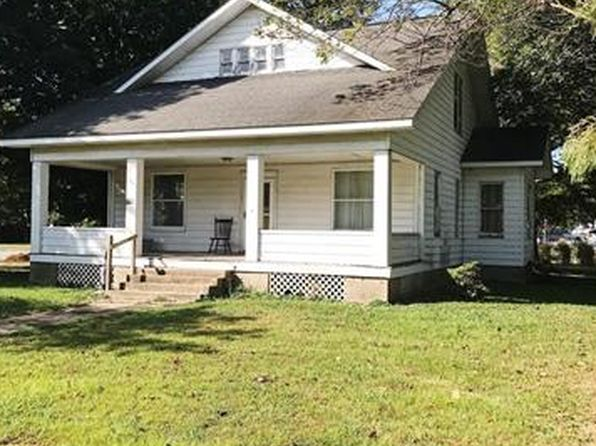 4 bed 1 bath Single Family at 210 S Russell St Oran, MO, 63771 is for sale at 55k - 1 of 3