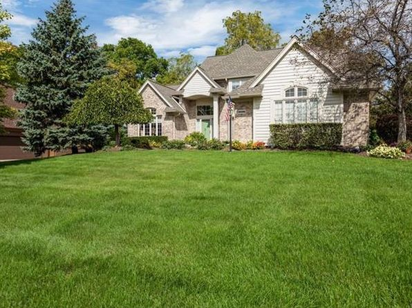 4 bed 4 bath Single Family at 54338 Royal Troon Dr South Lyon, MI, 48178 is for sale at 385k - 1 of 36