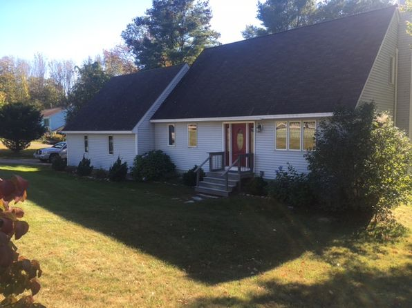 4 bed 3 bath Single Family at 6 Birch Ln Moultonboro, NH, 03254 is for sale at 299k - 1 of 2
