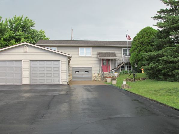 3 bed 3 bath Single Family at 3306 Driftwood Dr Manhattan, KS, 66503 is for sale at 235k - 1 of 13