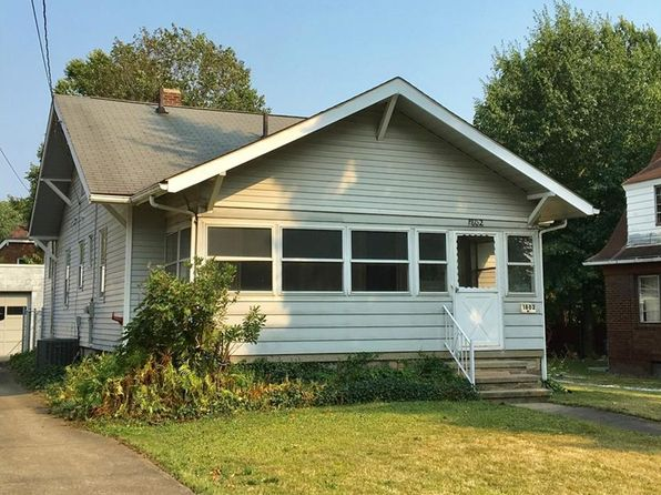 2 bed 2 bath Single Family at 1802 Goodyear Blvd Akron, OH, 44305 is for sale at 58k - 1 of 21