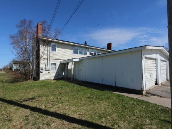 6 bed 2 bath Multi Family at 27 & 28 Windermere Kincheloe, MI, 49788 is for sale at 45k - google static map