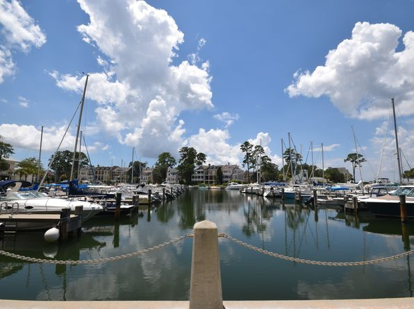 2 bed 3 bath Townhouse at 24 Spindle Ln Hilton Head Island, SC, 29926 is for sale at 649k - 1 of 23