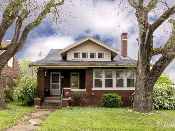 3 bed 2 bath Single Family at 2915 N Sheridan Rd Peoria, IL, 61604 is for sale at 85k - 1 of 36