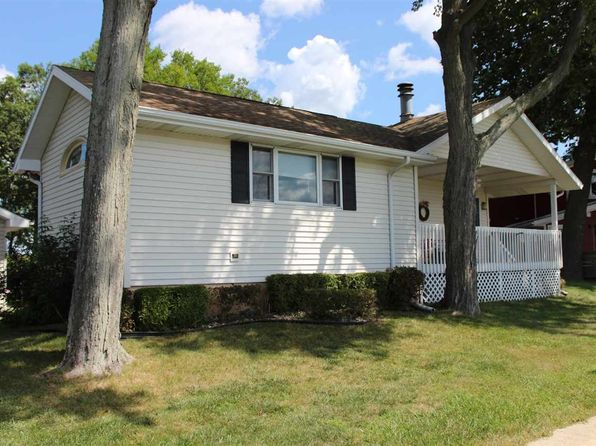3 bed 2 bath Single Family at 11273 Pottawotomie Trl Walkerton, IN, 46574 is for sale at 265k - 1 of 34