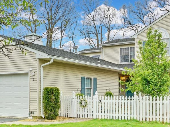 3 bed 3 bath Townhouse at 2 Cherrywood Cir Brick, NJ, 08724 is for sale at 266k - 1 of 52
