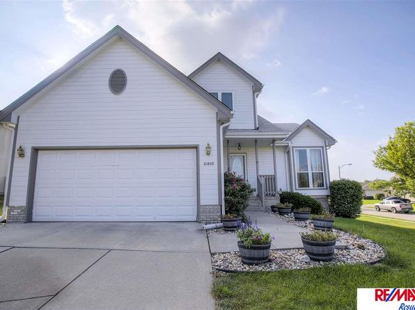 3 bed 3 bath Single Family at 21805 Plum Creek Dr Gretna, NE, 68028 is for sale at 245k - 1 of 30