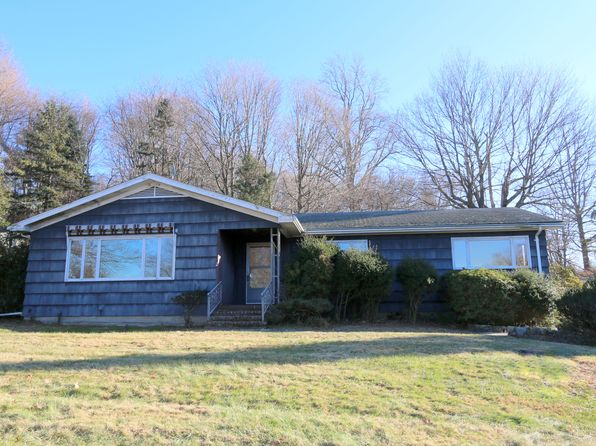 3 bed 1 bath Single Family at 1746 Morningview Dr Yorktown Heights, NY, 10598 is for sale at 399k - 1 of 24
