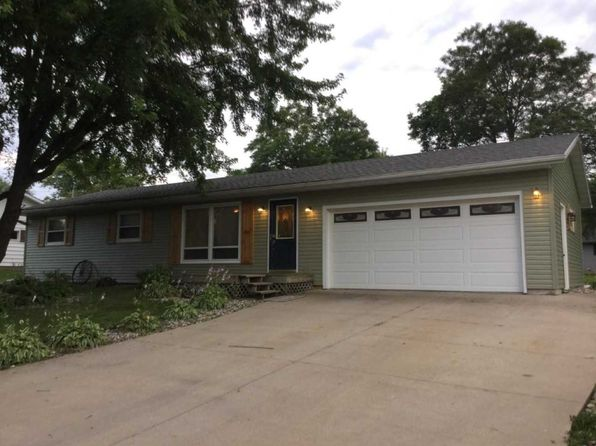 3 bed 2 bath Single Family at 302 W 18th St Neillsville, WI, 54456 is for sale at 150k - 1 of 27