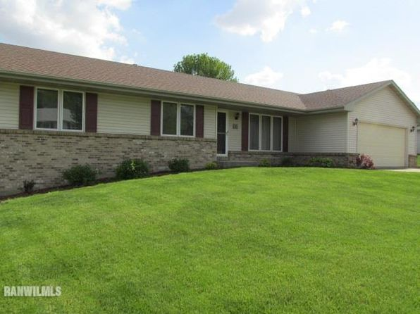 3 bed 2 bath Single Family at 2219 Farmdale Ln Freeport, IL, 61032 is for sale at 144k - 1 of 20