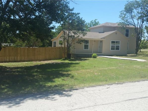 5 bed 3 bath Single Family at 395 W 1st St Rhome, TX, 76078 is for sale at 160k - 1 of 23