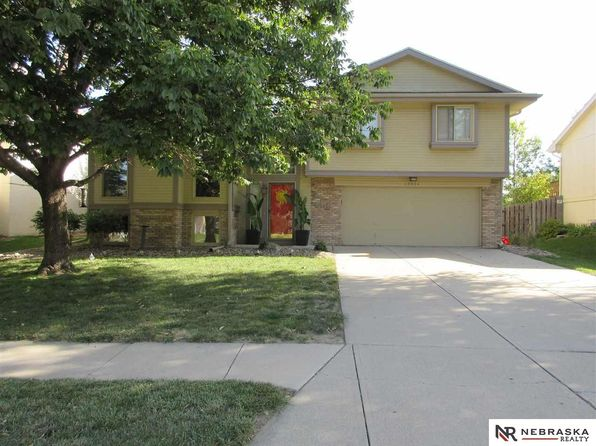3 bed 2 bath Single Family at 15226 Grover St Omaha, NE, 68144 is for sale at 175k - 1 of 26