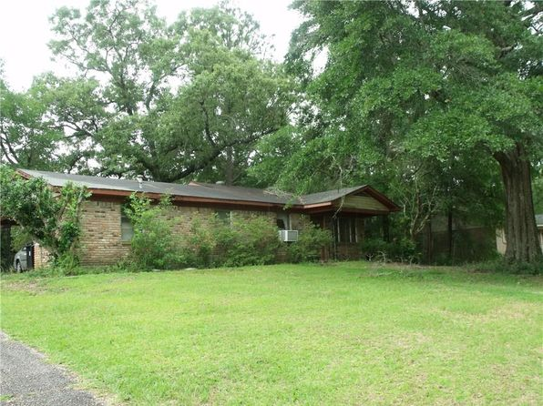 3 bed 2 bath Single Family at 6855 Hiawatha Ct Eight Mile, AL, 36613 is for sale at 30k - 1 of 5
