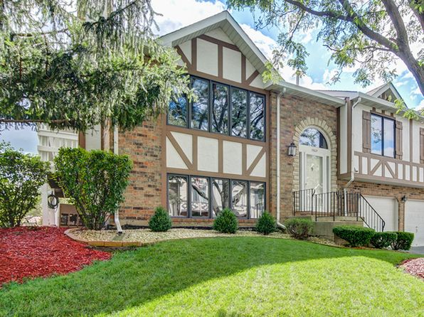 2 bed 2 bath Condo at 17621 Drummond Dr Tinley Park, IL, 60487 is for sale at 180k - 1 of 28