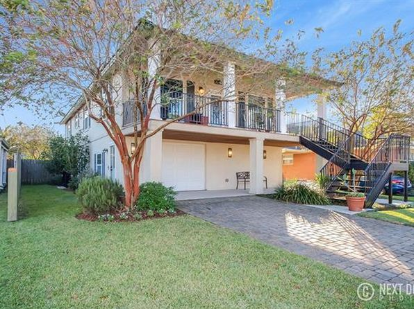 3 bed 2 bath Single Family at 400 18th St New Orleans, LA, 70124 is for sale at 349k - 1 of 22