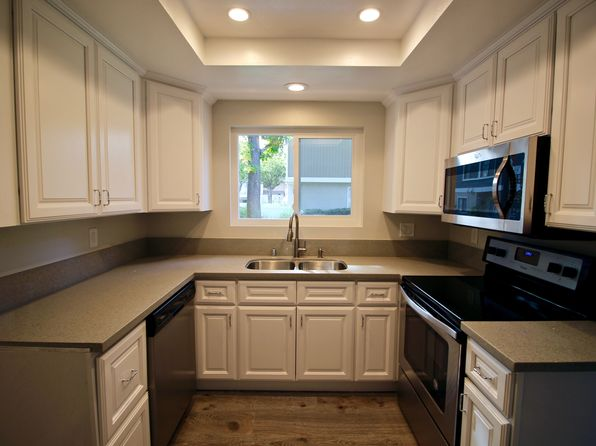 3 bed 2 bath Townhouse at 167 Abbeywood Ln Aliso Viejo, CA, 92656 is for sale at 460k - 1 of 25