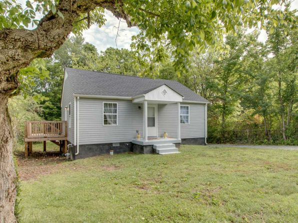 2 bed 1 bath Single Family at 1239 Daniel St Clarksville, TN, 37040 is for sale at 67k - 1 of 19