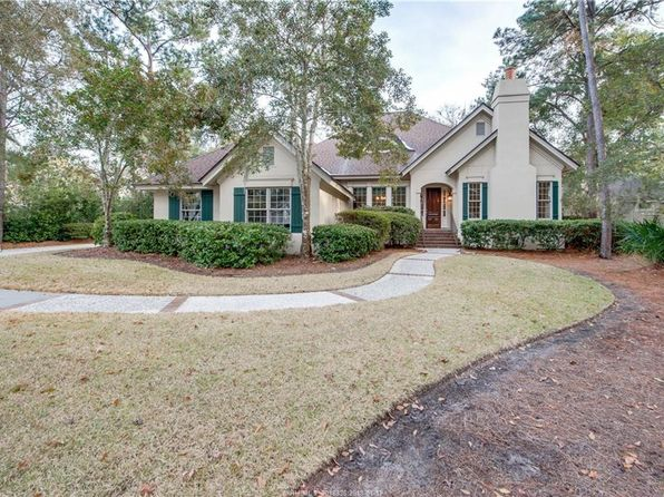 4 bed 5 bath Single Family at 2 COTESWORTH PL HILTON HEAD ISLAND, SC, 29926 is for sale at 727k - 1 of 46
