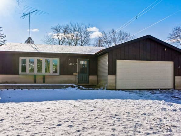 3 bed 2 bath Single Family at 315 Woodlawn Dr Mundelein, IL, 60060 is for sale at 180k - 1 of 17