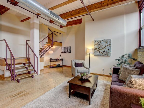 1 bed 2 bath Condo at 215 W Maple St Milwaukee, WI, 53204 is for sale at 210k - 1 of 21