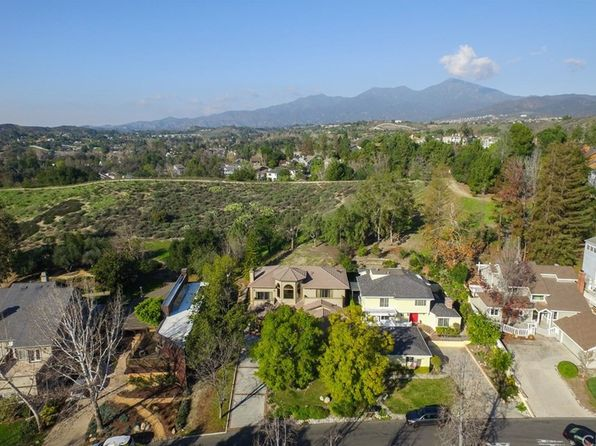 4 bed 3 bath Single Family at 31751 Via Coyote Coto De Caza, CA, 92679 is for sale at 930k - 1 of 42
