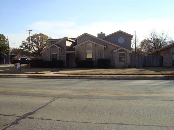 3 bed 3 bath Single Family at 1702 W 5th St Irving, TX, 75060 is for sale at 182k - 1 of 15