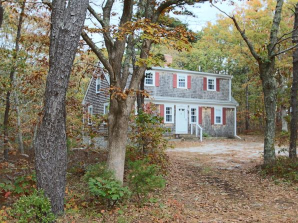 3 bed 2 bath Single Family at 285 LONG POND RD WELLFLEET, MA, 02667 is for sale at 429k - 1 of 28