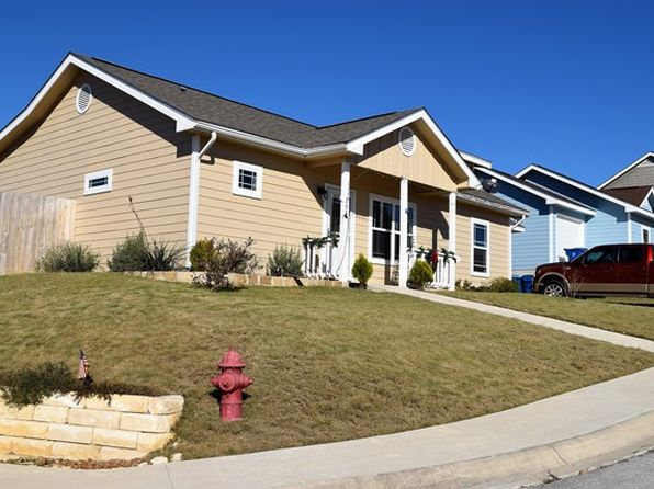 2 bed 2 bath Single Family at 201 Ivy Ln Kerrville, TX, 78028 is for sale at 166k - 1 of 11