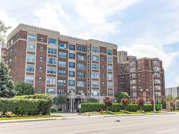 2 bed 3 bath Condo at 8120 E Jefferson Ave Detroit, MI, 48214 is for sale at 225k - 1 of 58