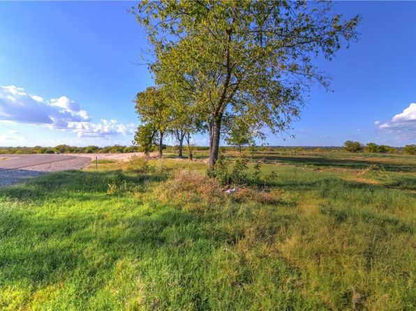 null bed null bath Vacant Land at 8000 Hencken Ranch Rd Benbrook, TX, 76126 is for sale at 49k - 1 of 23