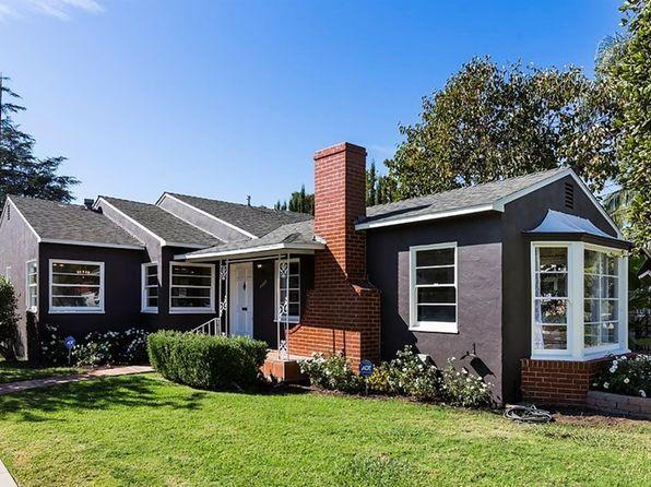 3 bed 2 bath Single Family at 2222 N Ross St Santa Ana, CA, 92706 is for sale at 730k - 1 of 24