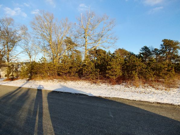 null bed null bath Vacant Land at 9 BOSUNS LN BOURNE, MA, 02532 is for sale at 225k - 1 of 4
