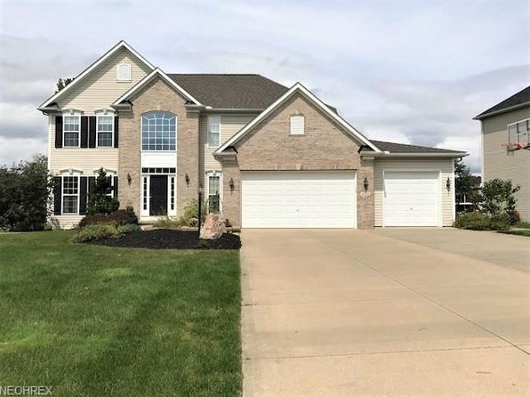 4 bed 3 bath Single Family at 4754 Bluestem Ln Stow, OH, 44224 is for sale at 340k - 1 of 35