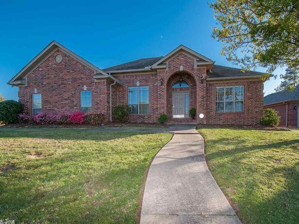 3 bed 3 bath Single Family at 167 Ridgeland Dr Maumelle, AR, 72113 is for sale at 220k - 1 of 33