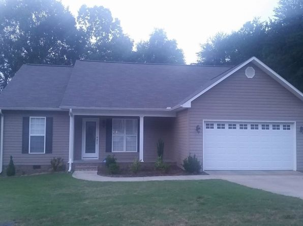 3 bed 2 bath Single Family at 1012 Groves Pass SE Jacksonville, AL, 36265 is for sale at 153k - 1 of 21
