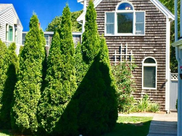 1 bed 1 bath Condo at 54 Bradford St Provincetown, MA, 02657 is for sale at 499k - 1 of 10