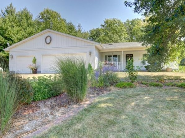 3 bed 2 bath Single Family at 1 Paradise Ln White Heath, IL, 61884 is for sale at 210k - 1 of 45