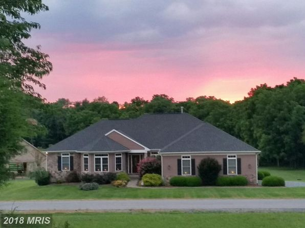 5 bed 6 bath Single Family at 210 Radnor Ln Martinsburg, WV, 25404 is for sale at 600k - 1 of 20